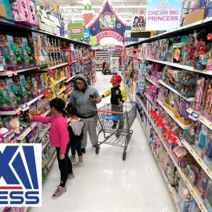 Black Friday 2021 holiday shoppers could battle empty shelves: Expert
